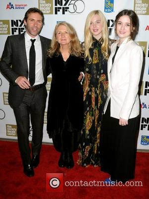 Alessandro Nivola, Sally Potter, Elle Fanning and Alice Englert