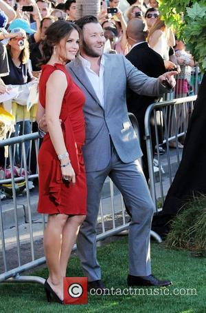 Joel Edgerton and Jennifer Garner