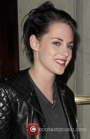 Kristen Stewart To Make Cameo In Mum's Movie