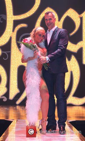 Pictures: Coco Austin Bares Pretty Much Everything For Peepshow Debut, Las Vegas