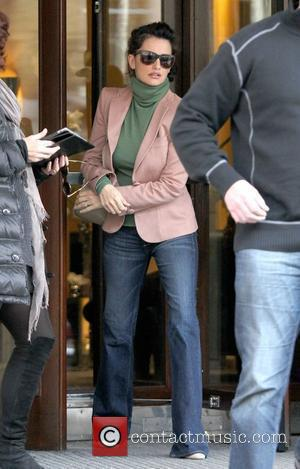 Penelope Cruz leaving her Central London hotel London, England - 17.01.12