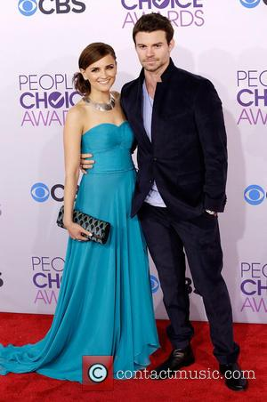 Rachael Leigh Cook and Daniel Gillies 39th Annual People's Choice Awards at Nokia Theatre L.A. Live - Arrivals  Featuring:...