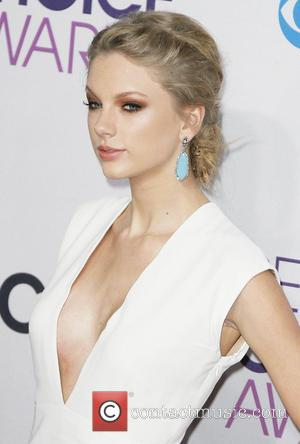 Taylor Swift 39th Annual People's Choice Awards at Nokia Theatre L.A. Live - Arrivals  Featuring: Taylor Swift Where: Los...
