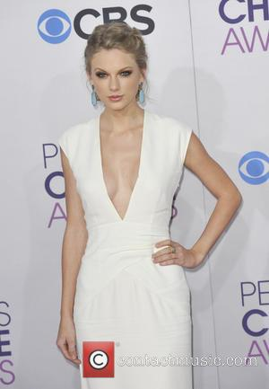 The People's Choice Awards Sees Success For Taylor Swift and The Wanted (Pictures)