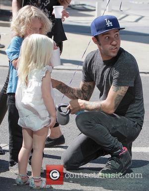 Pete Wentz, Bronx Mowgli Wentz Pete Wentz takes his son and girlfriend to an outdoor market Los Angeles, California -...