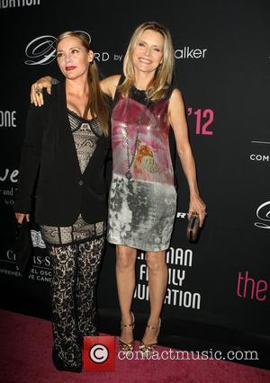 Dedee Pfeiffer and Michelle Pfeiffer