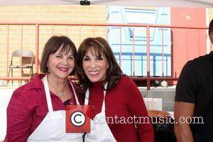 Cindy Williams and Kate Linder