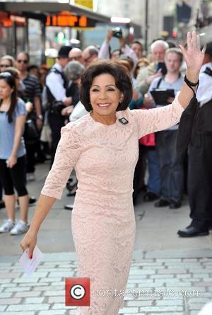 Dame Shirley Bassey 'A Celebration of the Arts' held at the Royal Academy of Arts - Outside Arrivals. London, England...