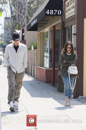 Rachel Bilson and Hayden Christensen walk to their car after breakfast Los Angeles, California - 01.06.12