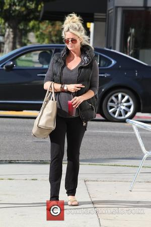 Rachel Hunter out and about on Melrose Boulevard Los Angeles, California - 20.03.12