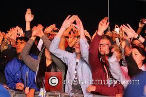 Fans and Rihanna