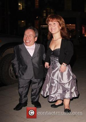 Warwick Davis Wants To Host A Talk Show