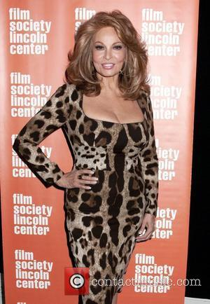 Raquel Welch Broke Her Foot On Christmas Day