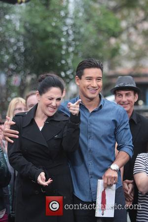 Ricki Lake and Mario Lopez