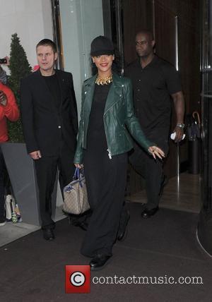 Rihanna, Frank Ocean Added To 2012 Mtv Video Music Awards