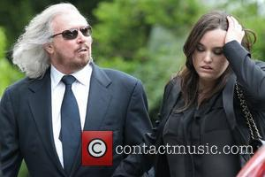 Barry Gibb's Emotional Speech At Brother Robin's Funeral