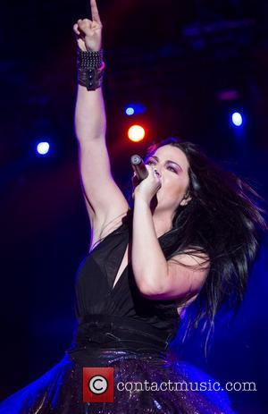 New Evanescence Guitarist Still Reeling From New Gig