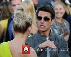 Julianne Hough and Tom Cruise