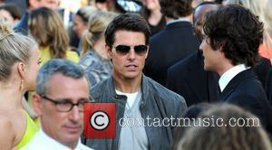 Julianne Hough, Adam Shankman, Diego Boneta and Tom Cruise