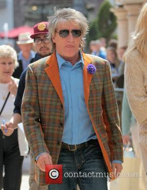 Rod Stewart shops at The Grove with his wife Penny Lancaster Los Angeles, California - 23.03.12