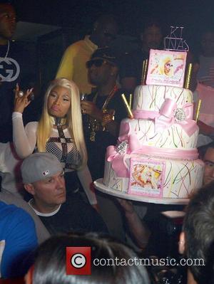 Prime Nicki Minaj Nicki Minaj Brushes Aside Madonna To Take No 1 Spot Personalised Birthday Cards Paralily Jamesorg