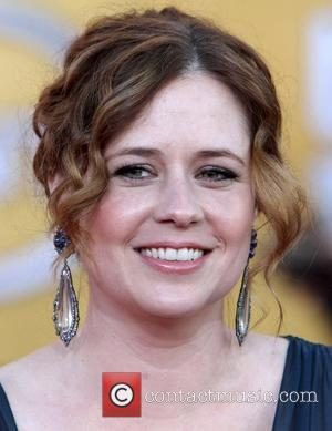 Jenna Fischer Struggling To Lose Weight After Giving Birth