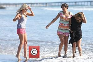 Mollie King, Frankie Sandford and Vanessa White of The Saturdays spend the day at the beach. Venice Beach, California -...