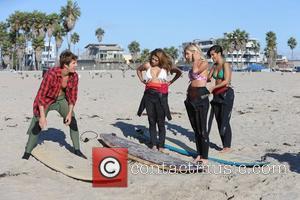 Vanessa White, Mollie King, Frankie Sandford, The Saturdays and Venice Beach