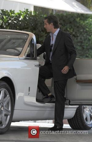 Scott Disick taking a ride in a Rolls Royce Phantom through Miami Beach Miami, Florida - 18.09.12