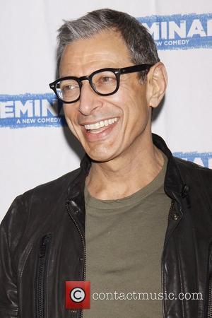 Jeff Goldblum Took Trapeze Class With Olympic Gymnast Girlfriend