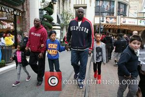 Shaquille O'Neal and his family visit Santa at The Grove Los Angeles, California - 22.12.12