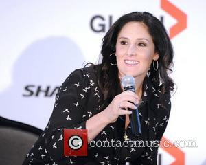 Ricki Lake Loses Phone Containing Honeymoon Photos