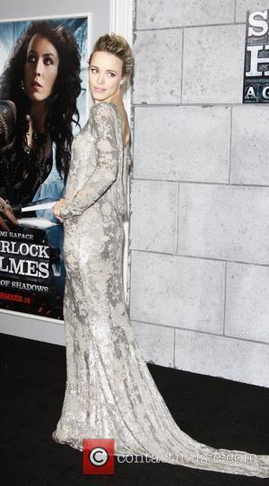 Rachel Mcadams Dazzles At Sherlock Holmes Premiere