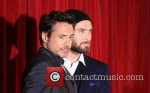 Robert Downey Jr and Jude Law 'Sherlock Holmes: A Game of Shadow' premiere - Arrivals London, England - 08.12.11