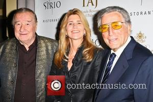 Sirio Maccioni, Tony Bennett and Guest