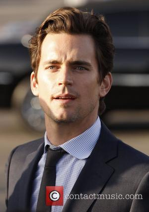 Lynch Puckers Up With Bomer In Glee