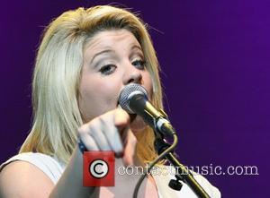 Lauren Alaina 'Starz and Guitars' at the Seminole Hard Hotel and Casinos' Hard Rock Live Hollywood, Florida - 21.10.12