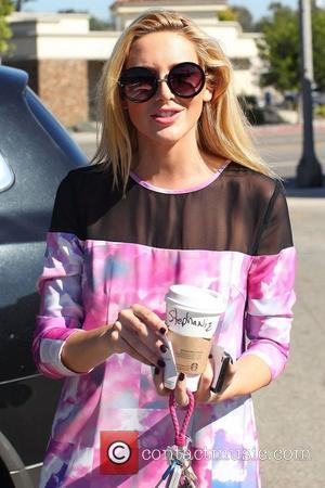 Stephanie Pratt seen leaving Starbucks in the Pacific Palisades  Los Angeles, California - 17.10.12