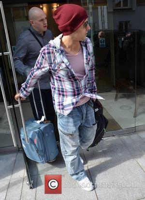 Lee Latchford-Evans Steps leaving The Morrisson Hotel  Dublin, Ireland - 04.04.12