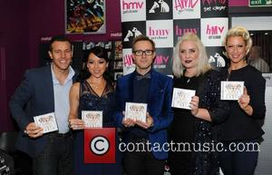 Lee Latchford-evans, H, Lisa Scott-lee, Ian Watkins, Claire Richards and Faye Tozer