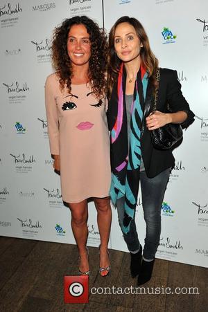 Tara Smith and Natalie Imbruglia