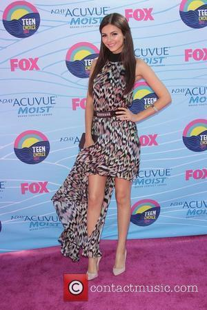 Victoria Justice,  at the 2012 Teen Choice Awards held at the Gibson Amphitheatre - Arrivals Universal City, California -...