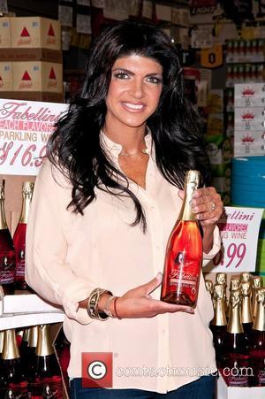 Teresa Giudice Teresa Giudice Fabellini Bottle Signing at Shoprite Liquors Lincoln Park, NJ - 24.03.12