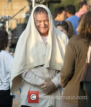 Robin Williams on the set of 'The Angriest Man in Brooklyn' in Dumbo, Brooklyn New York City, USA - 25.09.12