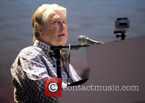 Brian Wilson Wants To Resolve Beach Boys Bust-up