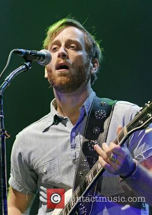 Dan Auerbach Divorce Announced After The Black Keys Triumph At Grammys