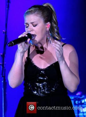 Kelly Clarkson Kelly Clarkson and The Fray performing at The Cosmopolitan in Las Vegas Las Vegas, Nevada - 27.07.12