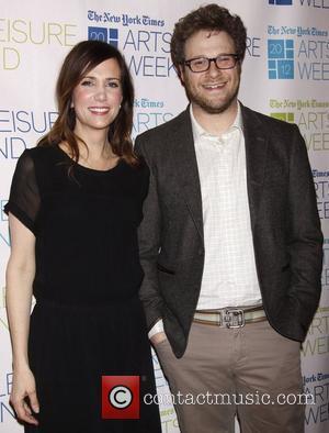 Kristen Wiig and Seth Rogen