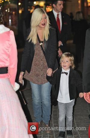Tori Spelling and Dean McDermott take their children to visit Santa at The Grove Los Angeles, California - 01.12.11