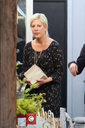 Tori Spelling  spending some time at her shop InvenTORI Los Angeles, California - 18.01.12